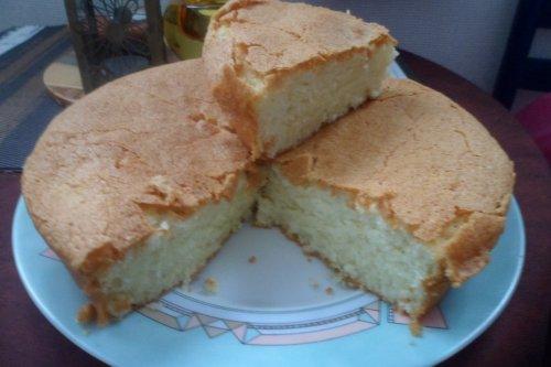 gâteau aux blancs d'oeufs - le blog de leschaudronsdemonette.over