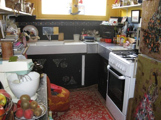 si ça peut t\u0027inspirer un peu bien qu\u0027eloigne de ce que tu imagines pour toi  et dans un style un peu oriental une photo de ma cuisine precedente