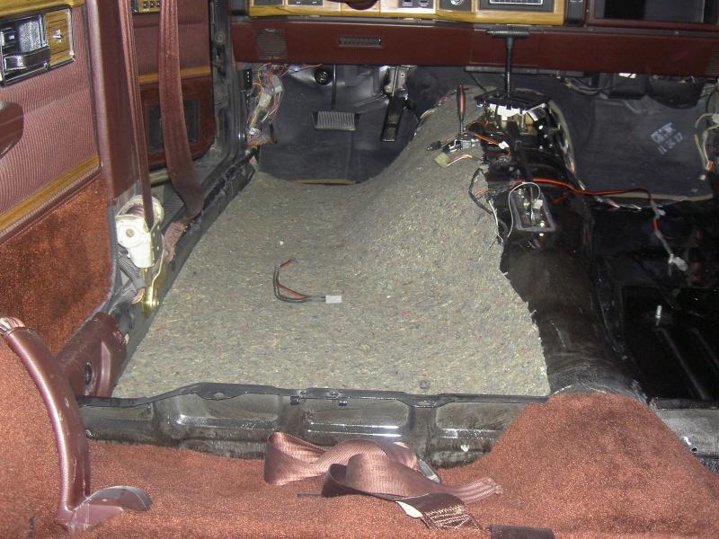 Restauration d 39 un plancher de xj page 9 for Moquette jeep wrangler yj