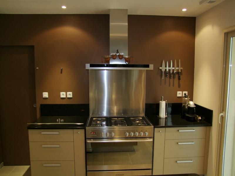conseil d co peinture et carrelage cuisine et salon sam page 12. Black Bedroom Furniture Sets. Home Design Ideas