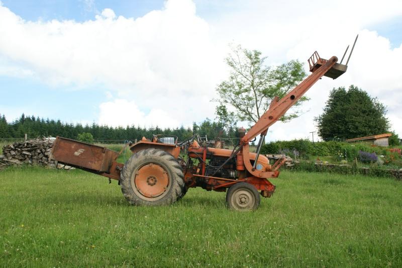 Tracteur renault n 71 avec fourche vendu maanne - Tracteur avec fourche ...