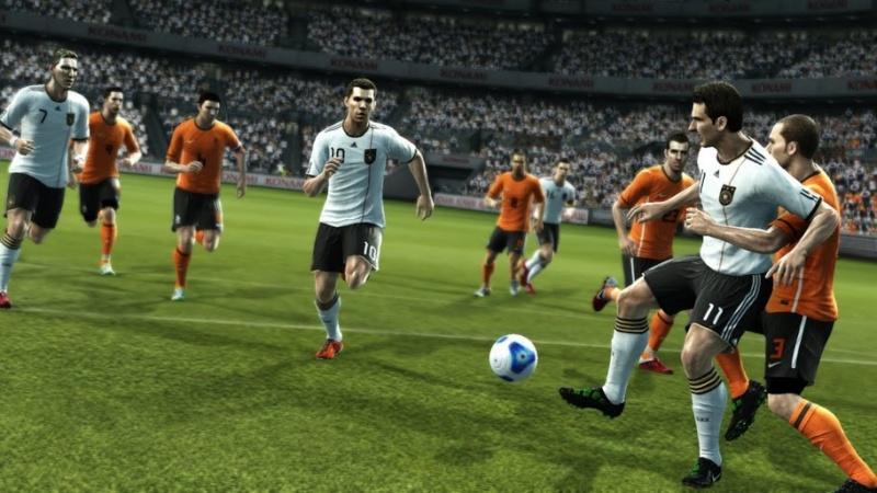 صاروخين Evolution Soccer 2012 Second pes_2010.jpg