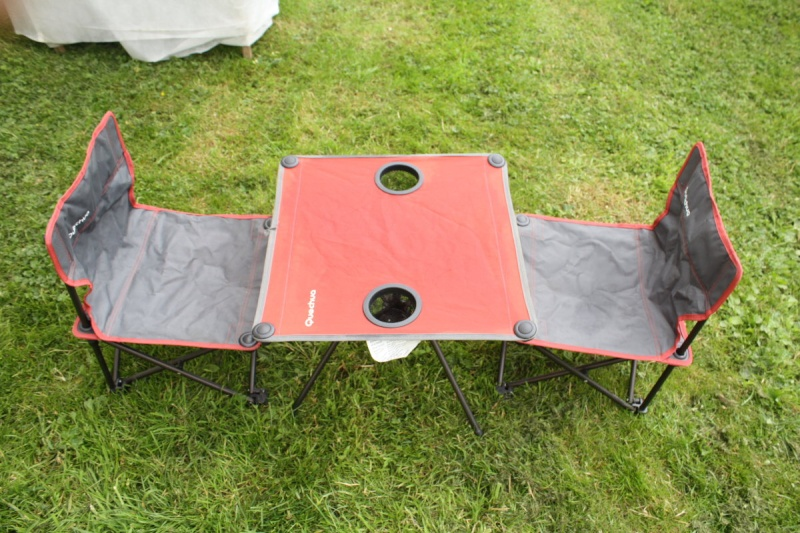 Table et 2 chaises enfant decathlon quechua camping vendue - Table picnic pliante decathlon ...