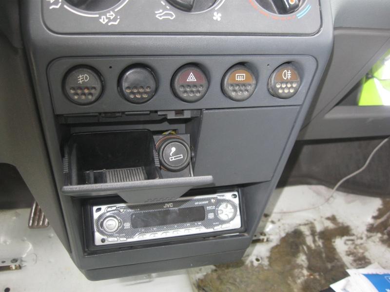 Afficher le sujet rch bouton veilleuses for Garage jeep poitiers